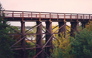 bike_trail_bridge_in_akeley